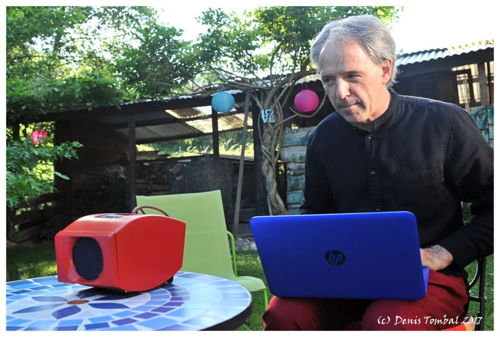 0WI audio Jam Session in the garden